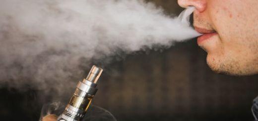 e-cigarette-vapour
