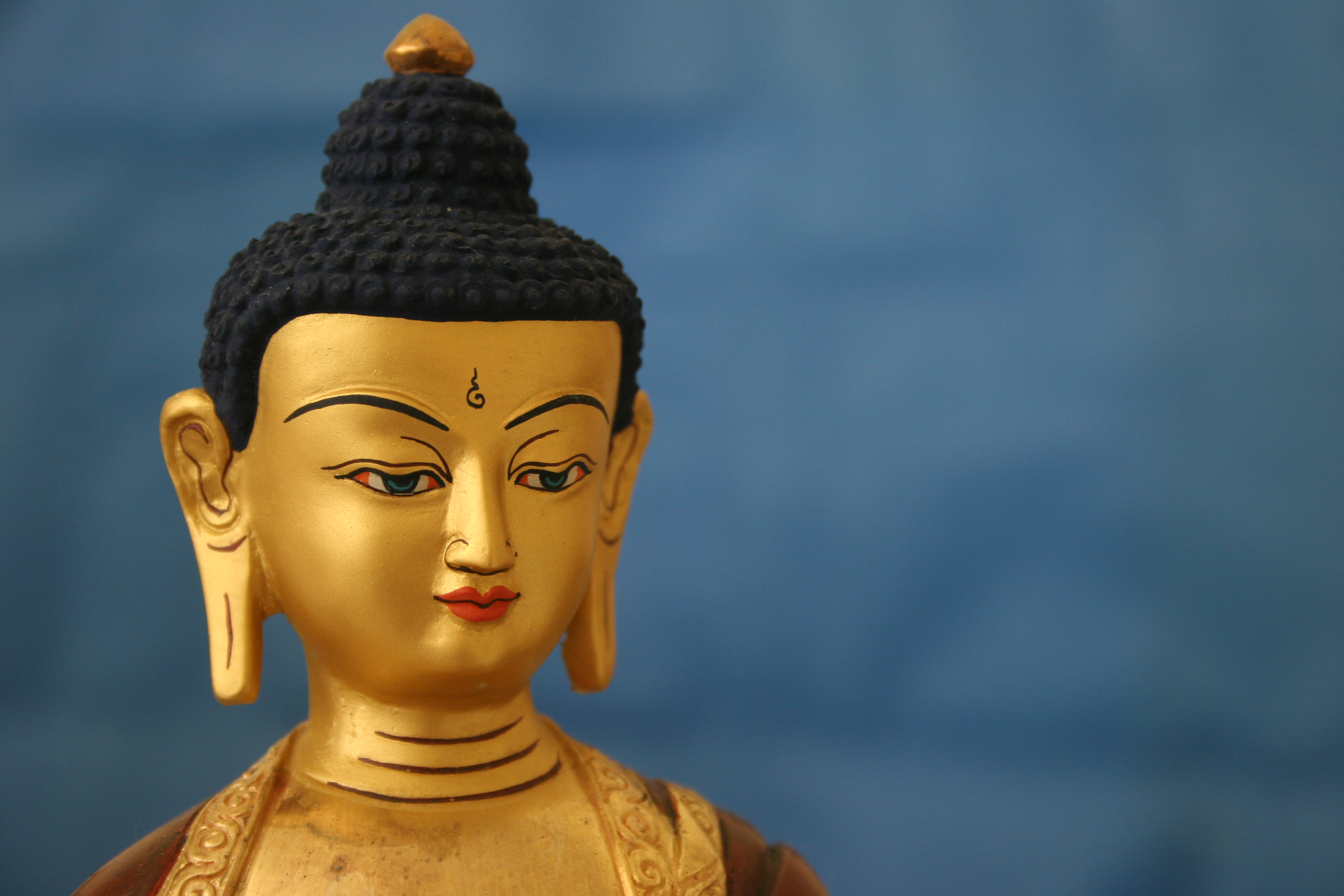Essential principles of the Buddhist way of life and methods to infuse great meaning into our daily existence
