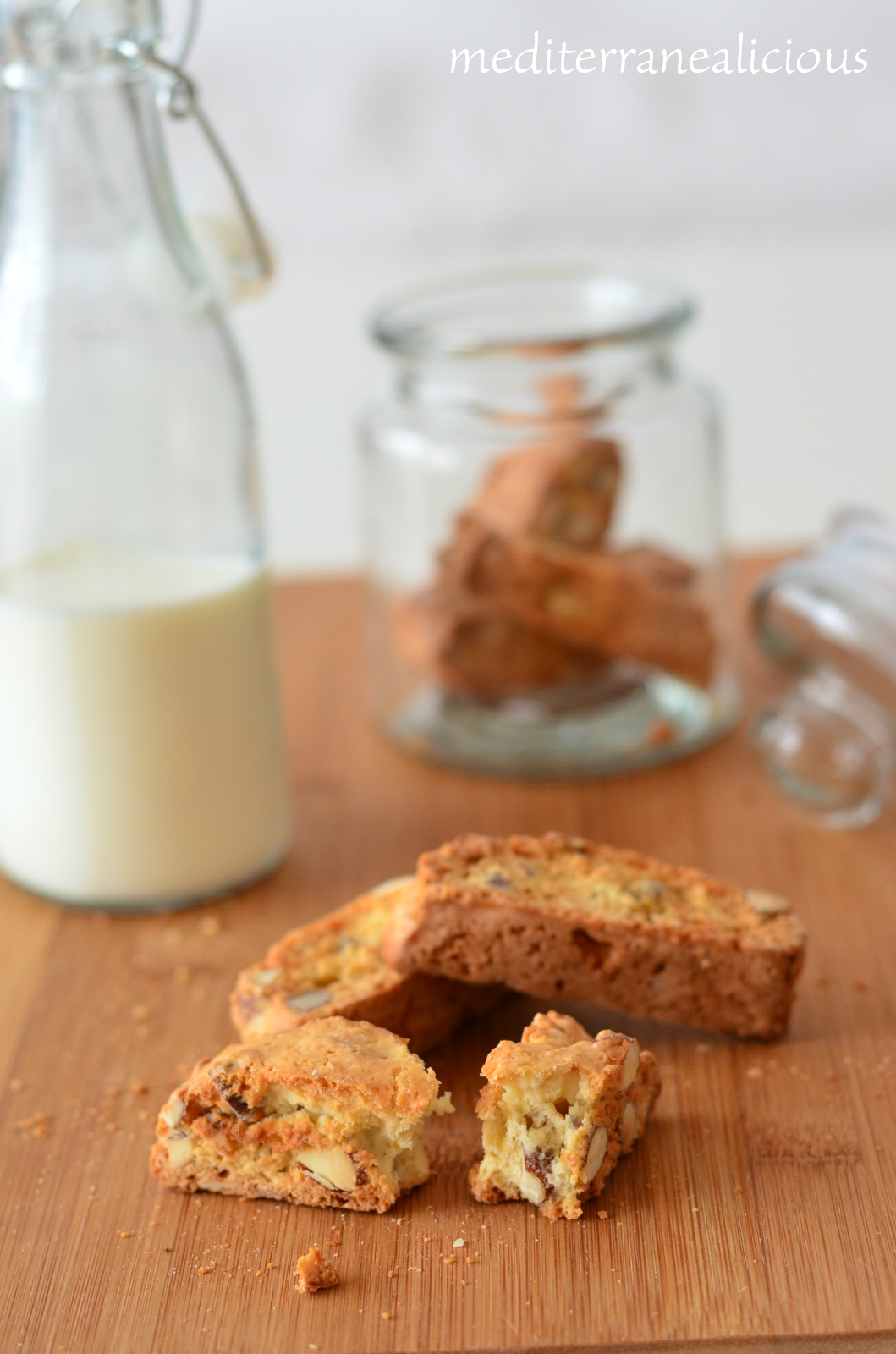 cantuccini - almond cookies 4