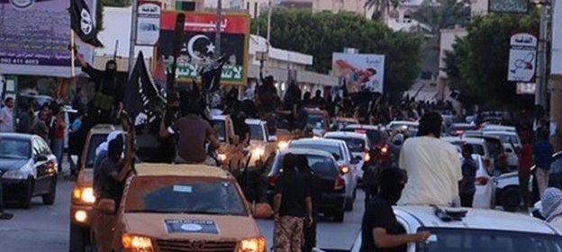 IS pôsobí v niekoľkých častiach Líbye, vrátane  mesta Derna vo východnej časti Líbye