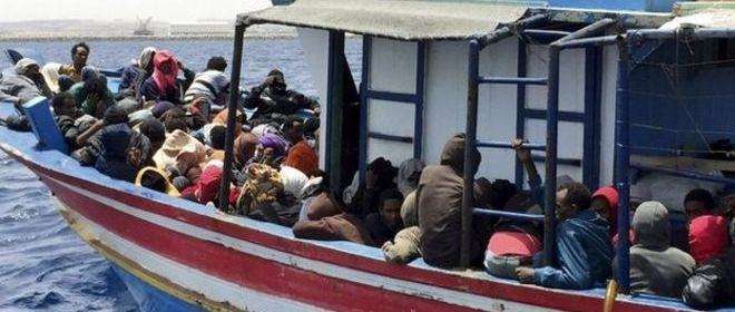 Paseraci skryvaju IS medzi imigrantami