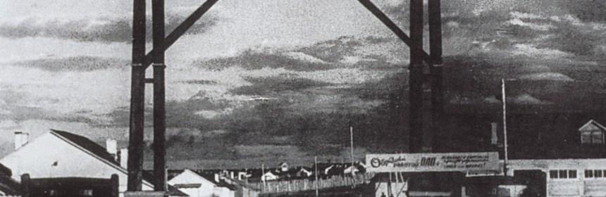 Brána v guľagu vo Vorkute: Práca v ZSSR je vecou cti, slávy, statočnosti a heroizmu
