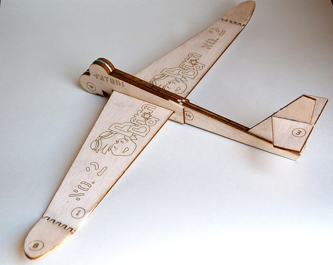 2x Balsa Airplane: The Fatboi (No.2) (1)