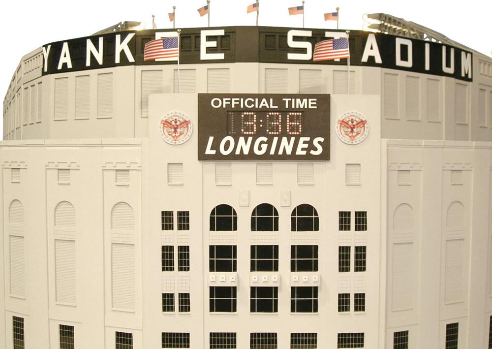 1/8 Scale 1961 Yankee Stadium :: Hammacher Schlemmer (5)