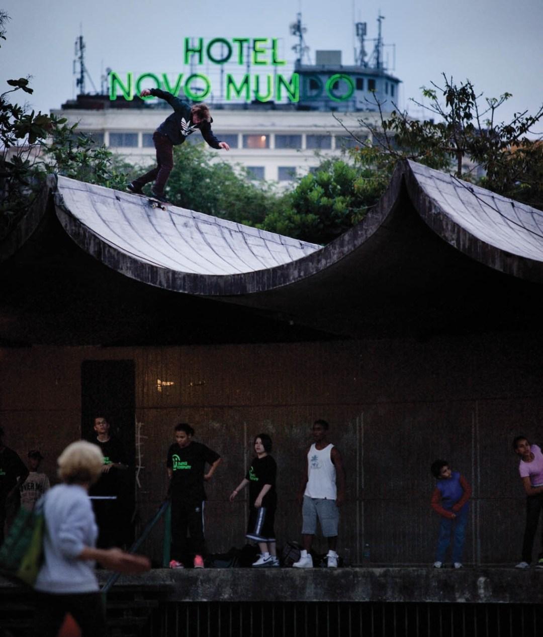 Silas Baxter-Neal. Backside Disaster. Rio de Janeiro