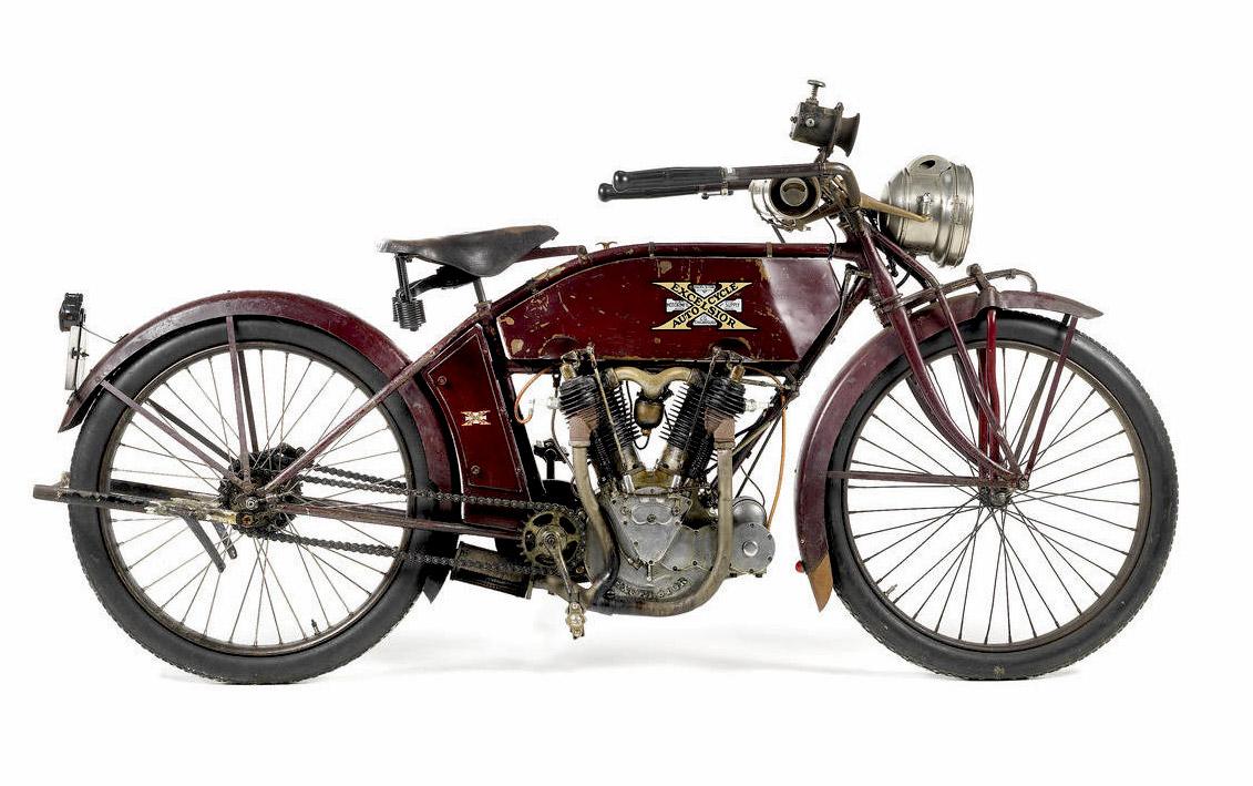 1913-Excelsior-61ci-Model-7C-Twin