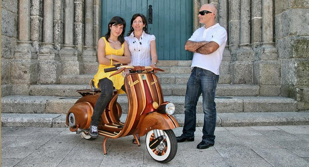 Wooden Vespa by Carlos Alberto via Hi Consumption