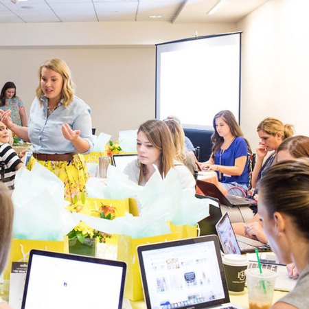 We Hosted a Blogger Workshop! Perform on Pinterest Recap