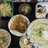 久しぶりの食べ歩きブログ。沖縄そばについて論じる。