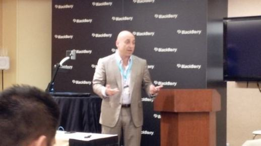 Rick Costanzo, SVP de vendas da BlackBerry