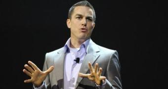 Chefe da divisão de esportes Andrew Wilson é o novo CEO da EA