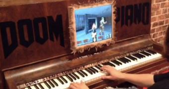 Saiu o novo joystick para jogar Doom: um Piano!