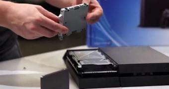 Site testa PS4 com SSD e disco híbrido