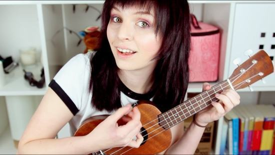 Emma Blackery, a musa dos in(dig)nados