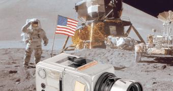 Hasselblad que foi a Lua é vendida por quase US$ 1 Milhão – Será?