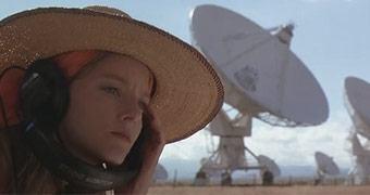 [1º de abril] Snowden vaza via Wikileaks contato da NASA com extraterrestres