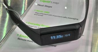 Liquid Leap mostra notificações e monitora atividades físicas