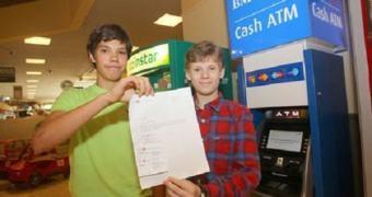 Adolescentes canadenses hackeiam caixa eletrônico com instruções encontradas na internet