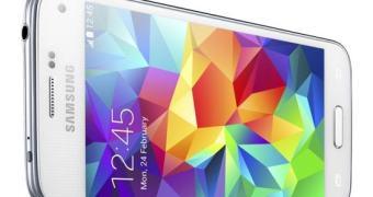 Seguindo a lógica, Samsung apresenta o Galaxy S5 Mini