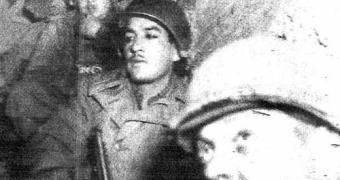 Fotos da Segunda Guerra encontradas em uma trincheira — uma grande mentira