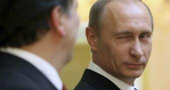 Rússia exige que Google, Facebook e Twitter armazenem dados no país