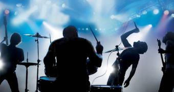 Rumor diz que PS4 e Xbox One ganharão novo Rock Band