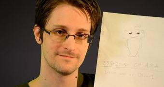 """Edward Snowden no Reddit: """"não deixe que isto aconteça no seu país"""""""