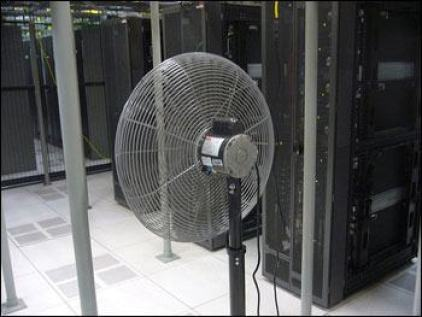 Challenges-of-Cooling-a-Data-Center