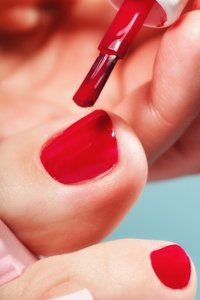 The Lady with the Painted Toenails – A Story About Flexion