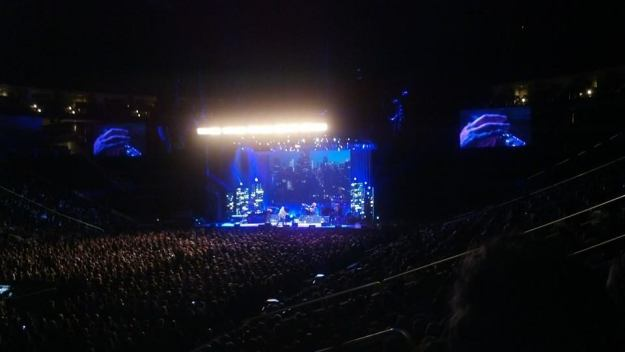 James Taylor - Pittsburgh 11-29-2014 - Up on the Roof