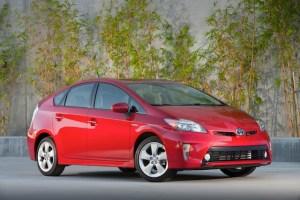 2012_Toyota_Prius_013