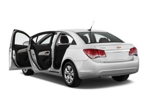 2013-chevrolet-cruze-4-door-sedan-auto-ls-open-doors_100404730_l