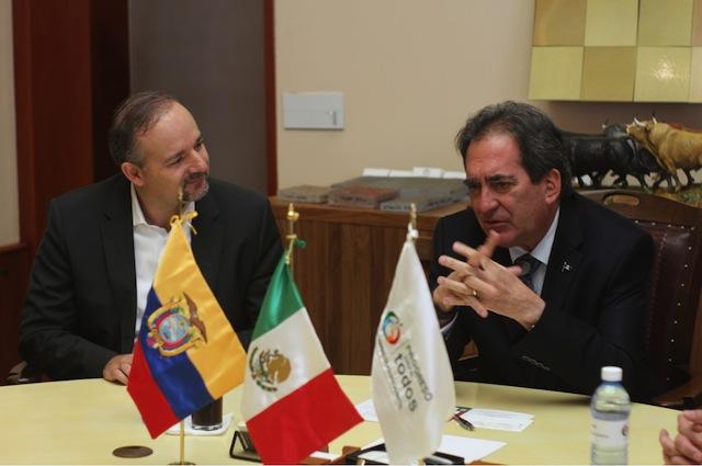 Nissan Aguascalientes recibe visita de Richard Espinosa, Ministro de Ecuador