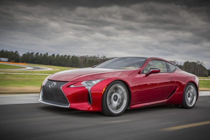 Super Bowl automotriz 2017: Lexus LC