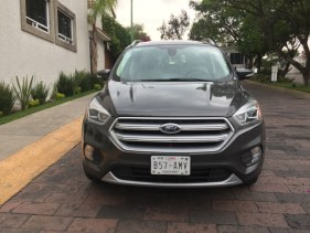 Ford Escape 2017047