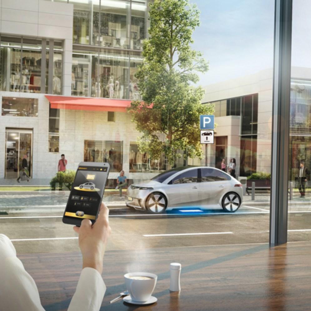 Su auto se cargará a través del aire por inducción y usted podrá monitorearlo vía una aplicación, así como verificar la posición correcta de carga cuando llegue a la estación.