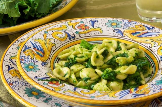 Orecchiette ai broccoletti (Orecchiette Pasta with Broccoli Rabe)
