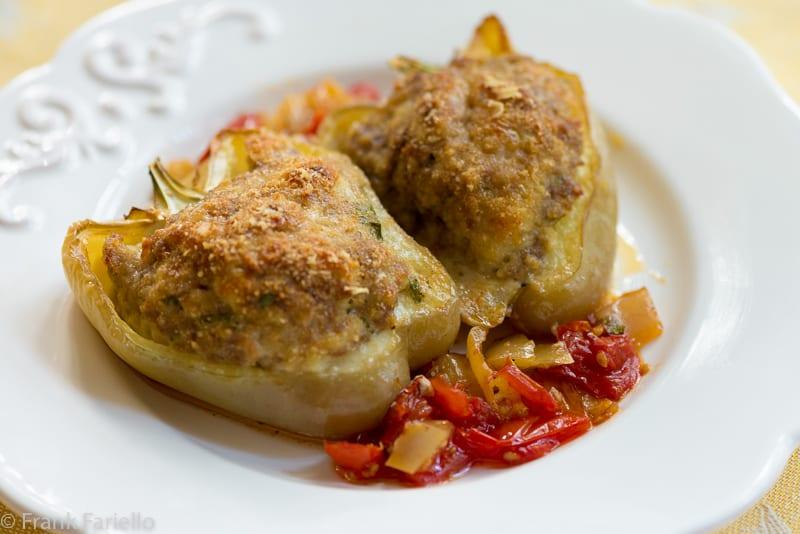 Peperoni ripieni di carne (Italian Meat Stuffed Peppers)