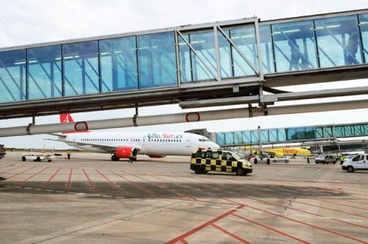 Bruselas advierte de los escollos para aceptar la tarifa plana interislas