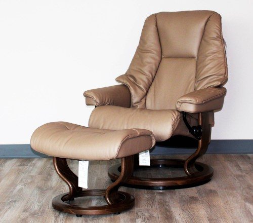 Medium Of Ergonomic Chair With Ottoman