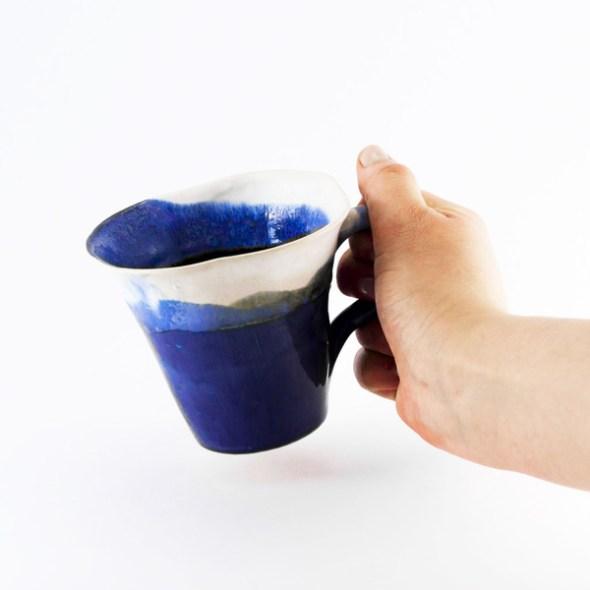 tazza blu artigianale