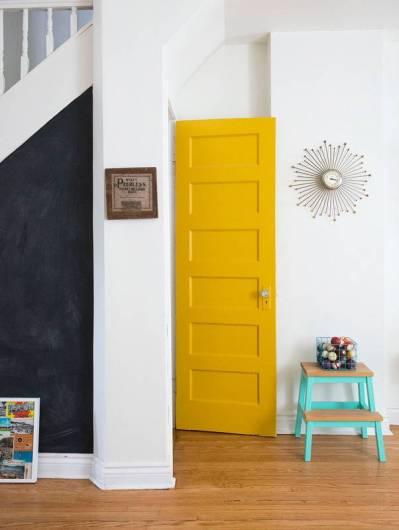 la porta gialla