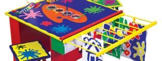 <!--:it-->Un tavolo per piccoli artisti!<!--:-->
