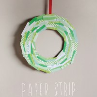 Simple Paper Strip Wreath DIY