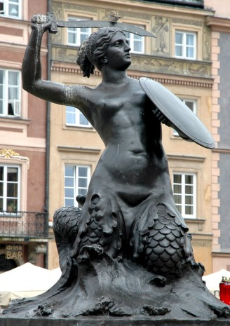 The Syrenka Mermaid Statue in Warsaw Old Town Market Square.