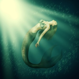 mermaid-swimming-in-water
