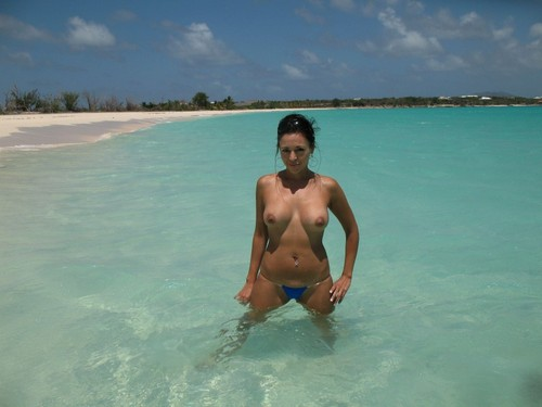 wife topless vacation