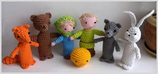 Фото с прикольными пальчиковыми игрушками