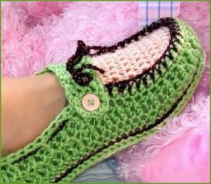 Зелёно-бежевые мокасины
