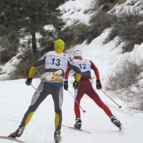 No. 13, John Spaude of Winthrop, and No. 12, Tav Streit of Hood River begin the race. Photo by Don Nelson